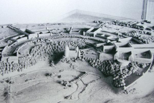 Pienoismalli SS:n ideologisesta ja hengellisestä keskuksesta, joka Wewelsburgin linnan ympärille oli tarkoitus rakentaa.