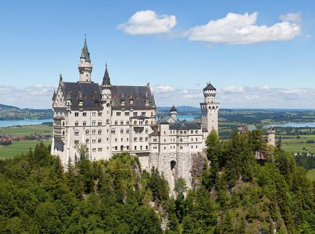 Neuschwansteinin linna Etelä-Saksassa.