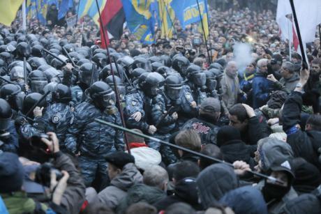 uk_kiova_mielenosoitus