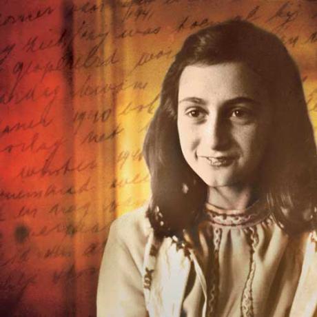 Juutalainen Anne Frank kuoli lavantautiin Bergen-Belsenin leirissä 1945.