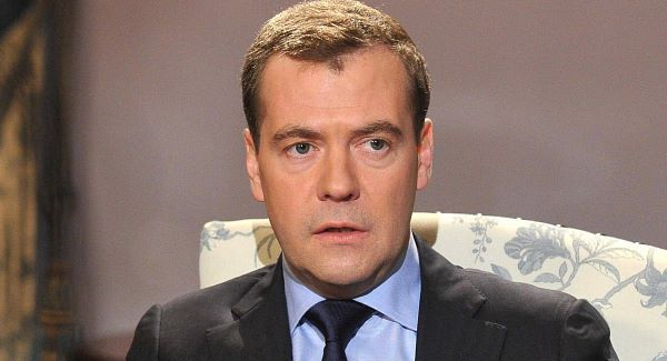 UK_Medvedev_arvostelee_Ukrainan_johtoa