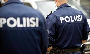 UK_kaksi_poliisia
