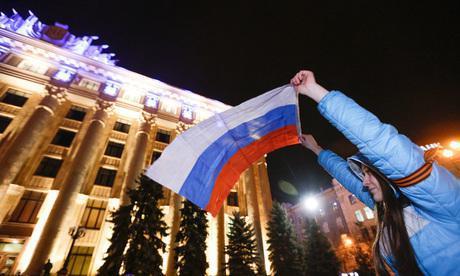 UK_mielenosoittaja_Ukraina