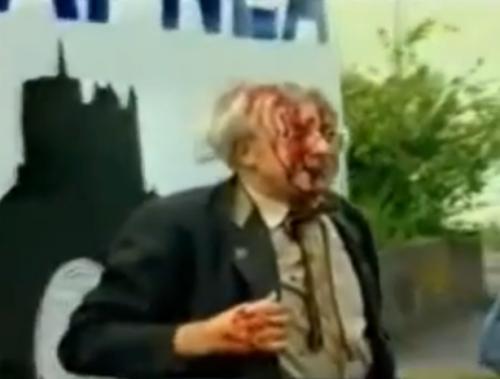 Taistelija loppuun saakka. Roeder osallistui vaarallisiin mielenosoituksiin vielä vanhoilla päivilläänkin.