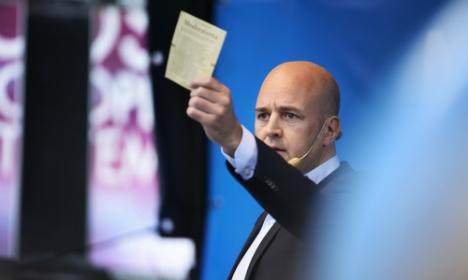 """Fredrik Reinfeldt: """"Avatkaa sydämenne"""""""