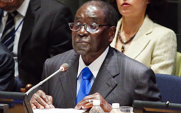 Mugabe pitämässä puhetta YK:ssa.