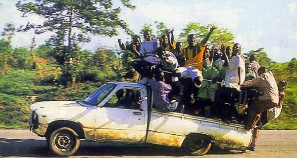 UK_autoilevia_afrikkalaisia