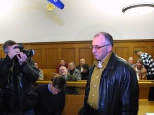 Kuva Ittneristä keväältä 2005 oikeudenkäynnistä Nürnbergistä.