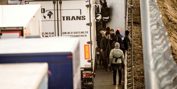UK_pakolaisia_Calais