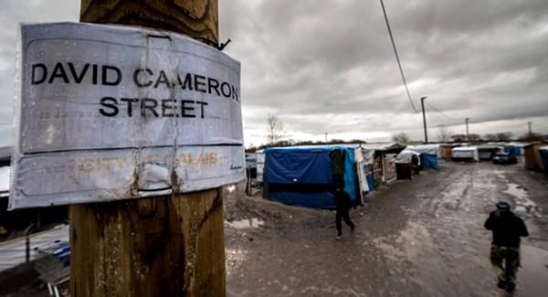 UK_Calais_Street