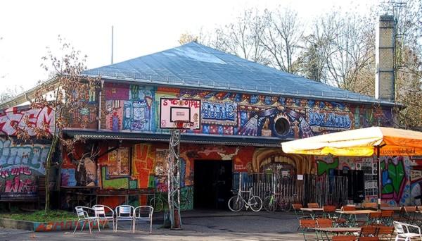 Äärivasemmiston pesäpaikka Leipzigissa, Conne Island.