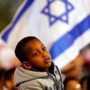 Israel lähettää tuhansia afrikkalaisia Eurooppaan